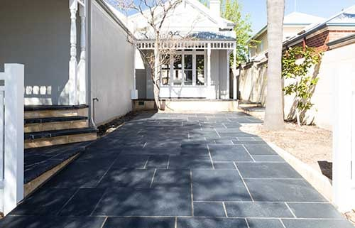 Natural Stone DRIVEWAY with Elemental FLAGSTONES