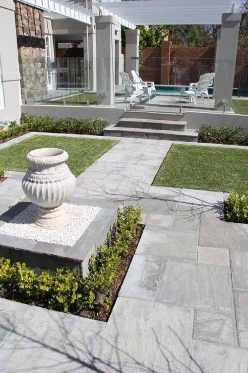 Natural Stone Paving for Landscaping